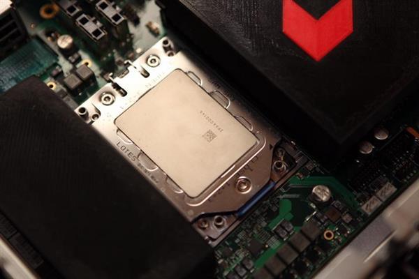 16核!AMD Zen架构双路处理器曝光 很强大