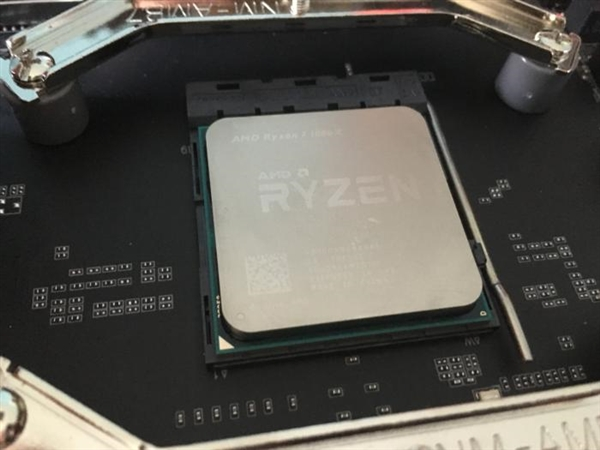Linux内核更新:AMD Ryzen多线程终于爆发!