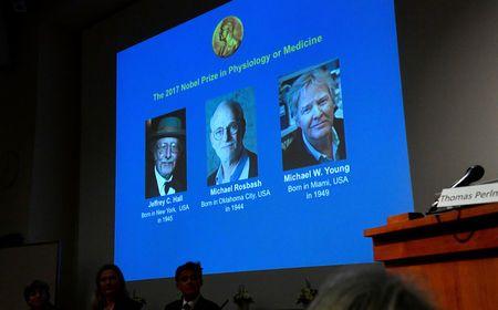 2017年诺贝尔生理学或医学奖授予:杰弗里·C. 哈尔(Jeffrey C. Hall)、迈克尔·罗斯巴什(Michael Rosbash)和迈克尔·杨(Michael W. Young),以鼓励他们发现人体生物钟的分子机制。