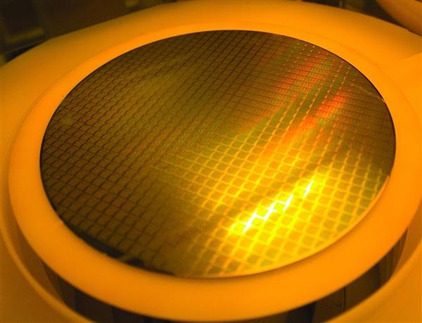 前十大晶圆代工厂商营收排名:台积电一骑绝尘 中芯国际第5